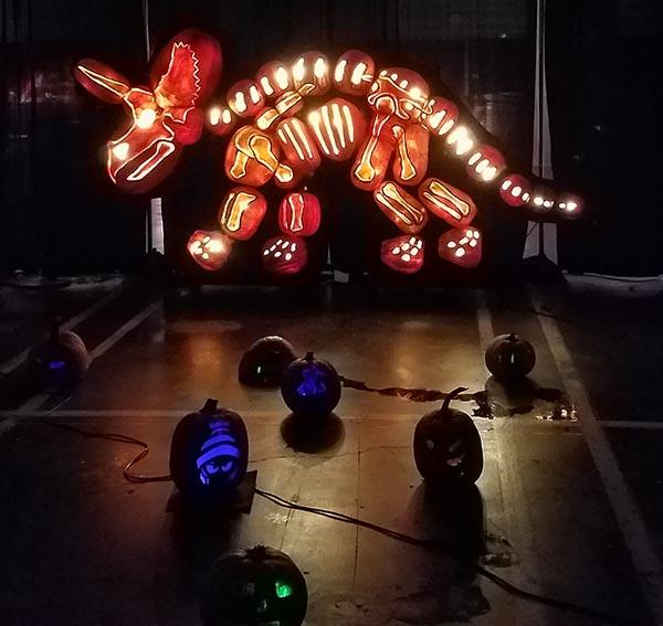 dinosaur pumpkins
