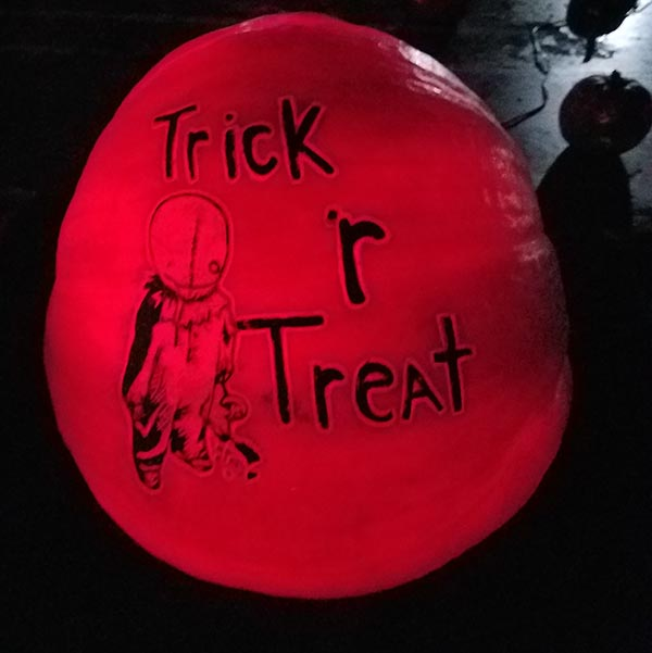 trick r treat pumpkin